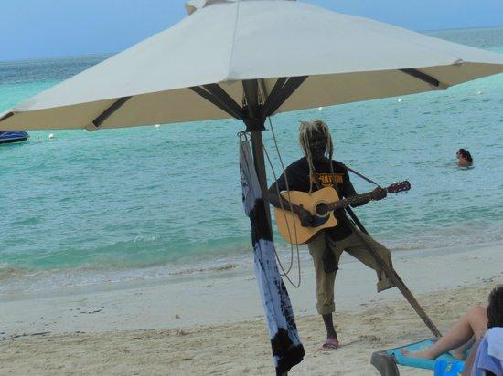 هوم سويت هوم ريزورت: 7 mile beach 