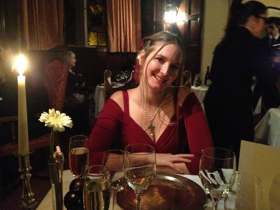 Thornbury Castle and Tudor Gardens: Christmas eve dinner (love the metal chargers)
