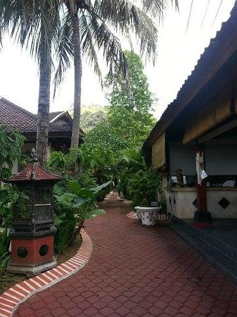 Pondok Bambu: restaurant