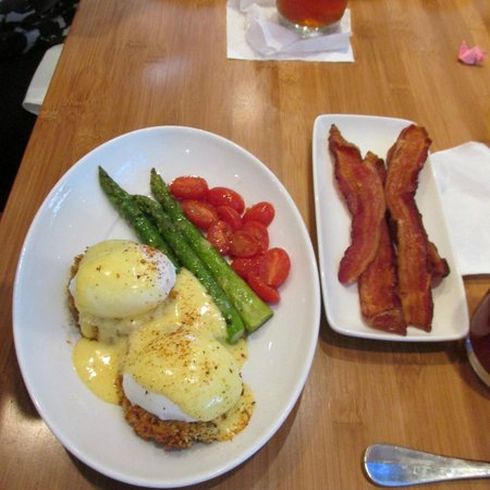Cafe b: Crab Cakes & Eggs with a side of Bacon