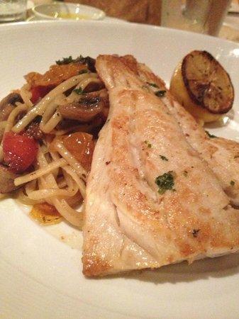 Ruinas del Mar : Fish with pasta