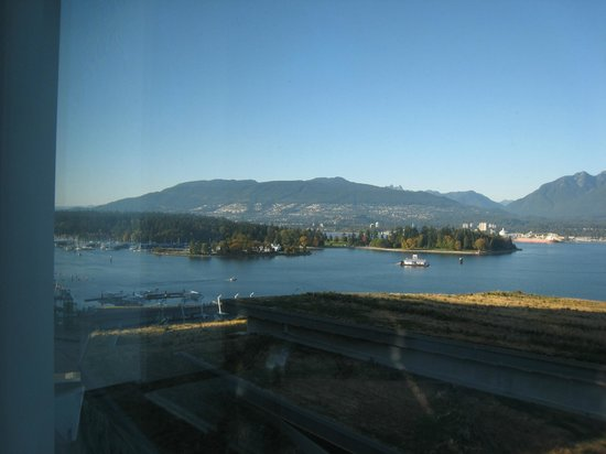 Fairmont Pacific Rim : view of Stanley Park