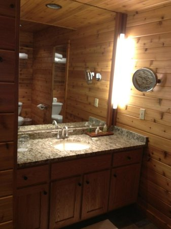 Canoe Bay: Bathroom vanity