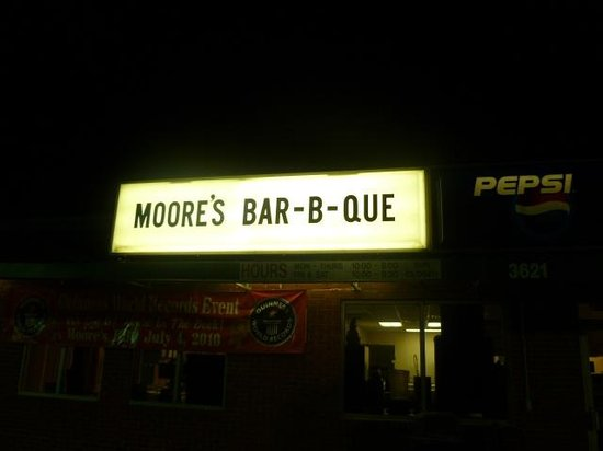 Moore's Olde Tyme Barbeque: Moore's sign