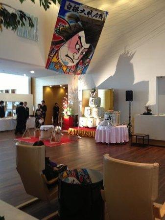 Hotel Nikko Niigata: お正月の恒例の餅つき大会。振る舞い餅、酒が有りました。