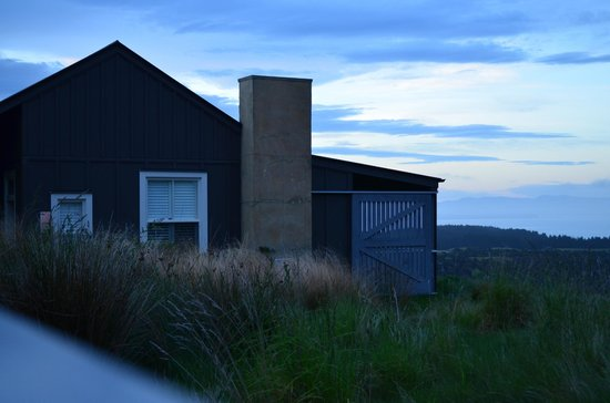 The Farm at Cape Kidnappers: Outside view of our adjacent suite