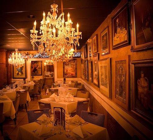 Mario's Catalina Restaurant : Interior photo