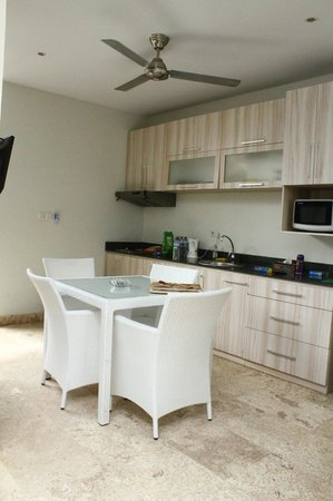 Jas Boutique Villas: kitchen area, seats 4