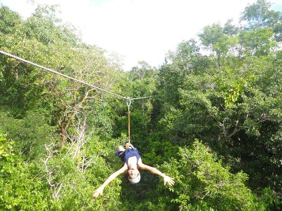 Selva Maya Eco Adventure : Tirolesa en Selva Maaya! wuuju