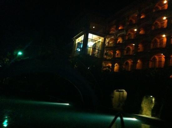 聖巴達飯店照片
