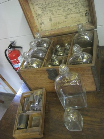 "Blount Mansion: Decanter chest with pints and quarts ""Mind your Ps and Qs"""