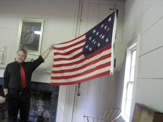 Blount Mansion: Flag with 15 stripes:  One for each state at that time.