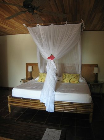 El Remanso Lodge: Bed