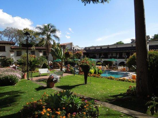 Hotel Mansion del Cupatitzio: Alberca.