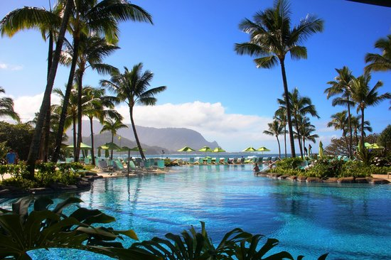 St. Regis Princeville Resort: My favorite Hawaii swimming pool...