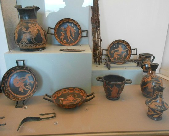 The Painted Tombs of Paestum – FOLLOWING HADRIAN |National Archaeological Museum Paestum