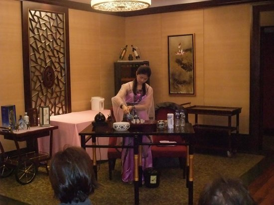 Okura Garden Hotel Shanghai: 元旦のお茶会の様子。とてもよかったです。