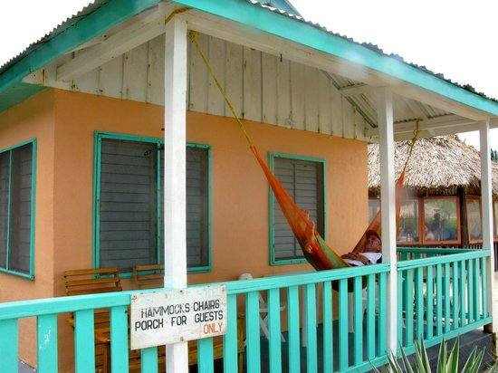 Seaspray Hotel: Seaside Cabana w/porch & hammock