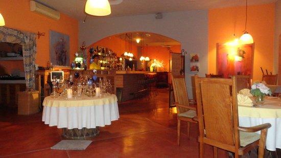 El Gusto : Cozy Restaurant