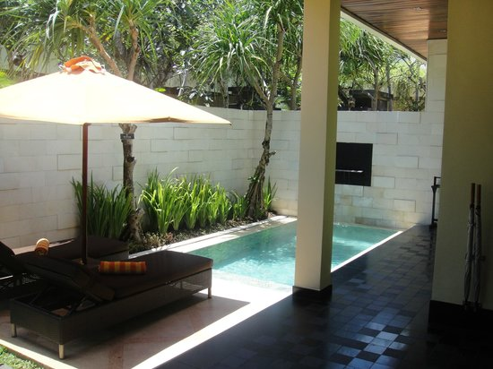 Sun Island Boutique Villas & Spa: DELUXE VILLA POOL