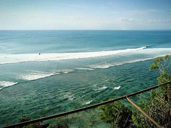Padang Padang Beach: view dari atas