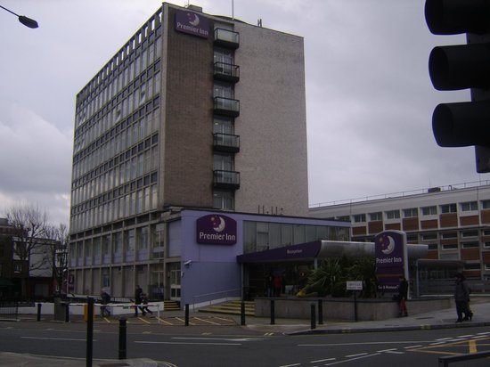 Premier Inn London Putney Bridge Hotel: vista esterna