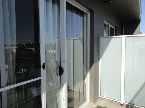 Abode Gungahlin: balcony small but nice