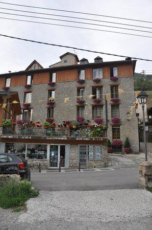 Hotel Roya.