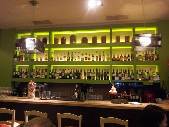 Mono Restaurant : The bar