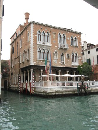 Hotel Palazzo Stern: Hotel & terrace overlooking the Grand Canal