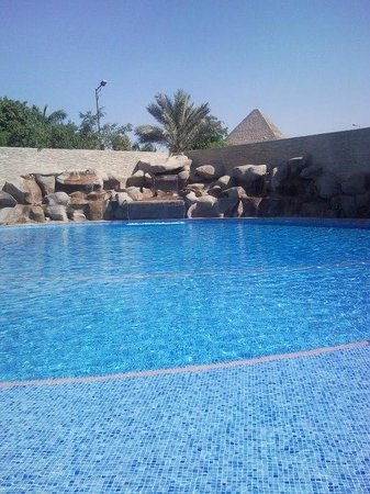 Le Meridien Pyramids Hotel & Spa: Hotel meridien vista piramidi
