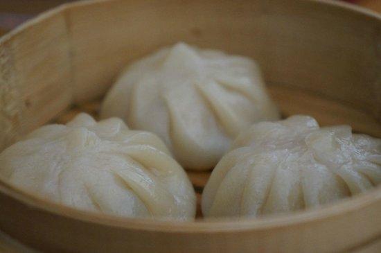 Wok Mee Noodle House: Interesting Siu Lung Bao