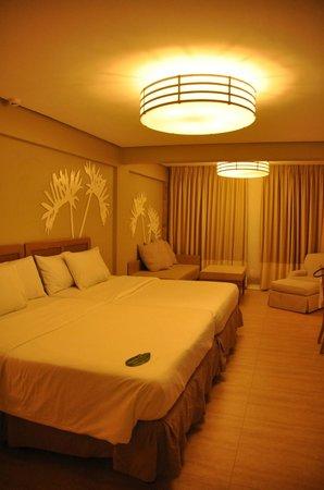 Estacio Uno Lifestyle Resort: Our room (Deluxe)