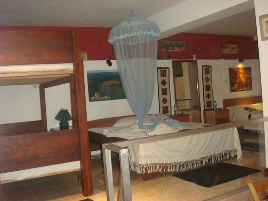 Days Inn-Kandy : Family Bedroom