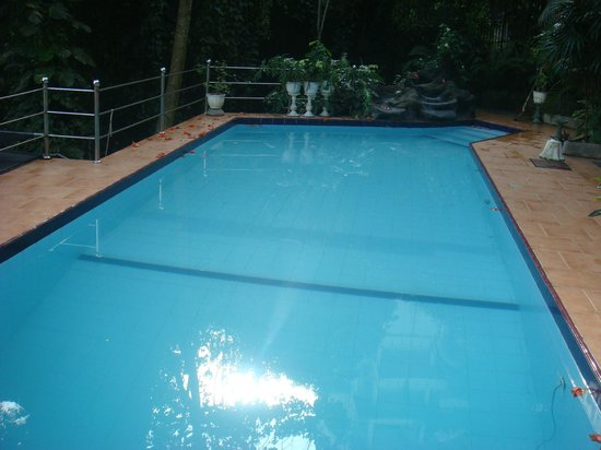 Days Inn-Kandy : Private Swimming Pool