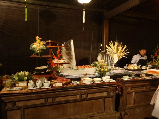 Victoria Hoi An Beach Resort & Spa: small section of the New Year's Eve buffet