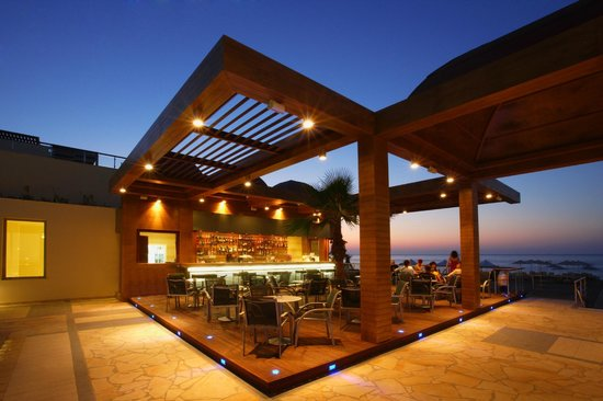 Minoa Palace Resort: Beach Bar Thalassa