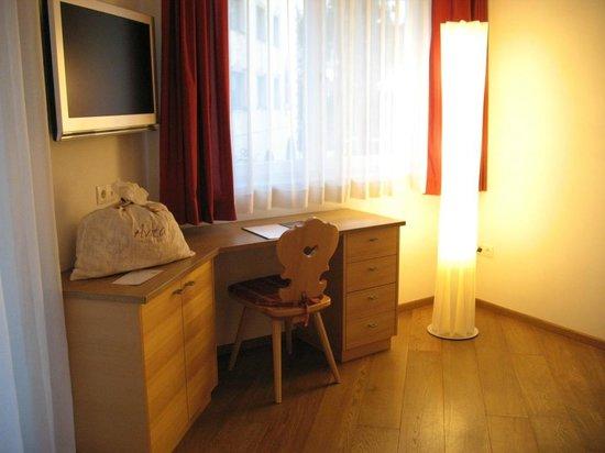 Avita - Suites to Relax: Particolare della camera da letto