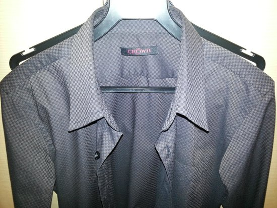 Crown Tailor: 100% cotton checkered shirt