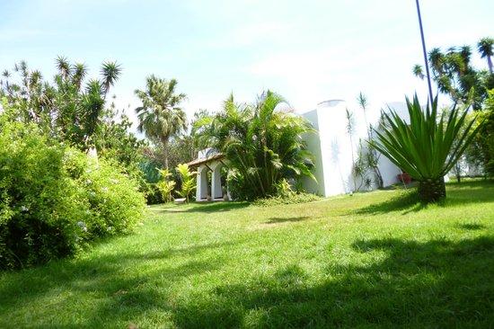 Pousada Ilha de Itaka: Hotel grounds