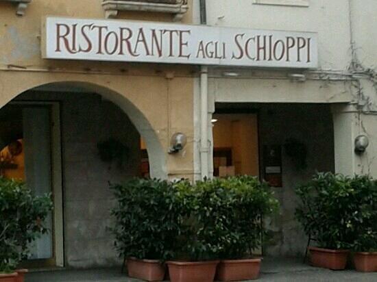 Antico Ristorante Agli Schioppi: insegna ristorante