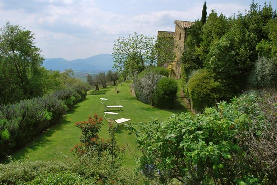 Locanda del Gallo: A place to relax in the garden