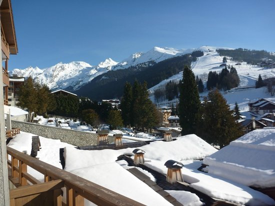 Les Grandes Alpes: View from Balcony