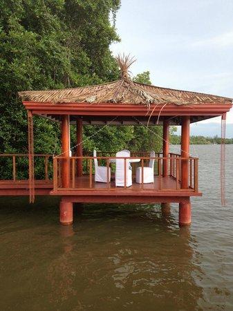 Dalmanuta Gardens - Ayurvedic Resort & Restaurant: At this peaceful place I had breakfast,lunch & dinner!!