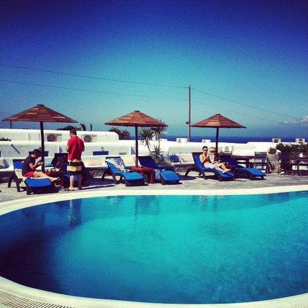 Sofia Village: la vista della piscina consolarium fantastica