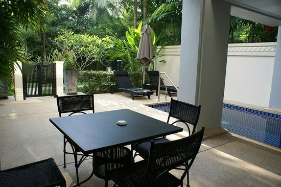 Marriott's Mai Khao Beach - Phuket: Terrasse mit Privatpool