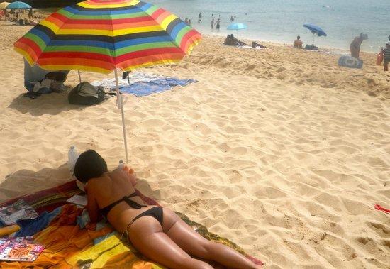 Praia da Marinha :                   Great sand for kids and sunbathing