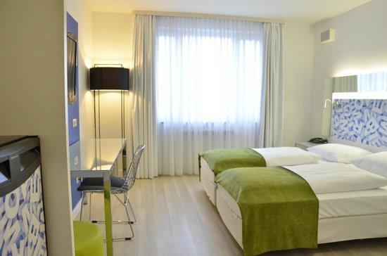Tryp Munchen City Center: TRYP Guestroom