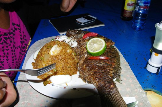 Aylos Bay Guest House: Great local food, with local fish