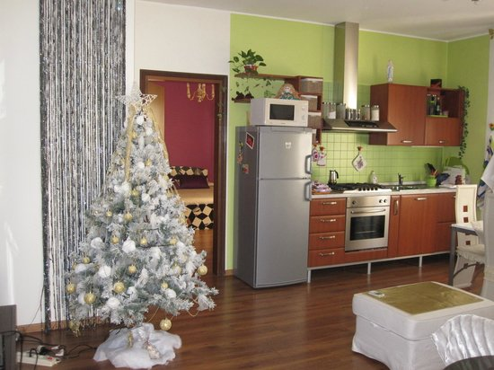 B&B Girasole: Cucina-soggiorno